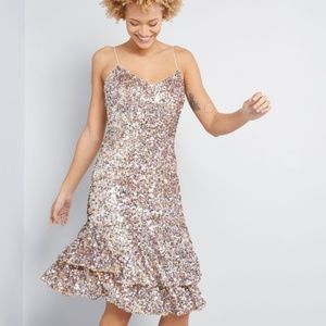 NWT Adrianna Papell Stunning Shine Sequin Dress